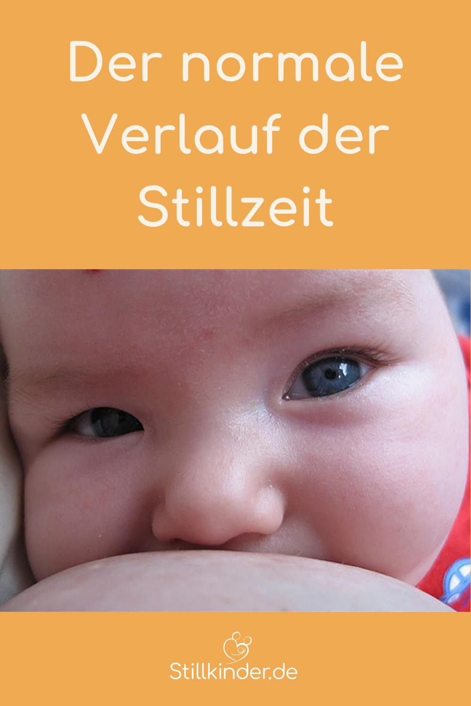 Ein Baby beim Stillen