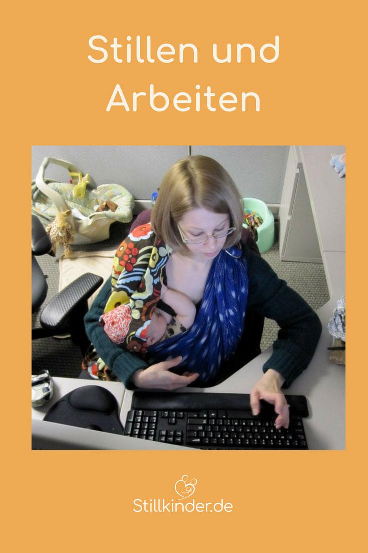 Stillende Mutter bei der Arbeit am PC