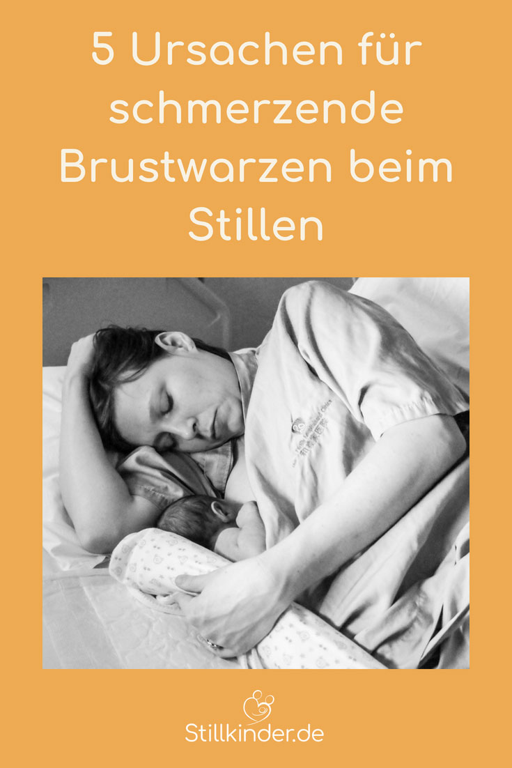 Stillende Mutter mit Neugeborenem