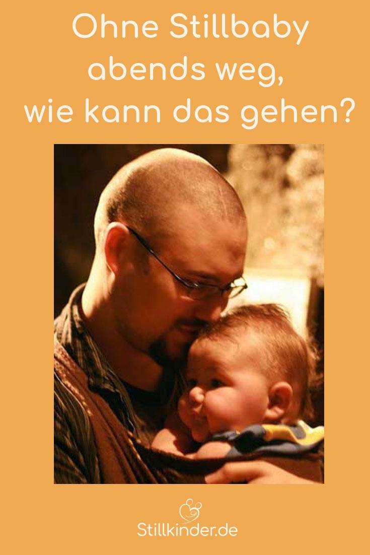 Papa trägt sein Baby