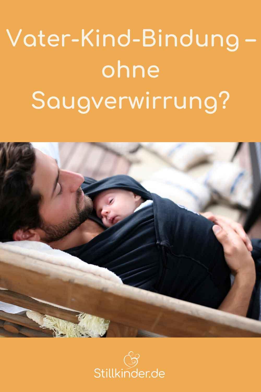 Vater und Neugeborenes im innigen Körperkontakt
