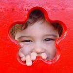 Langes Stillen reduziert Stottern bei Jungen